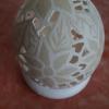 Straußenei 5 - als Lampenschirm geschliffen und gelocht- Motiv: Blume, Bild 5